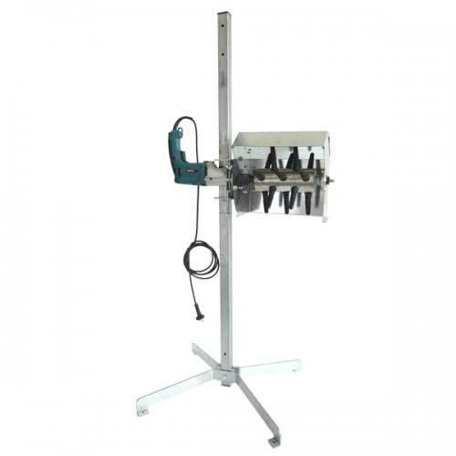 Machine pour plumaison avec système de perçeuse et rouleaux